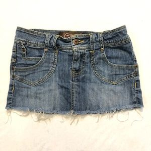 ✅4-20$ sale Distressed Jean mini skirt w/ fringe 3